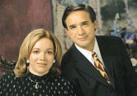 César y Claudia Castellanos