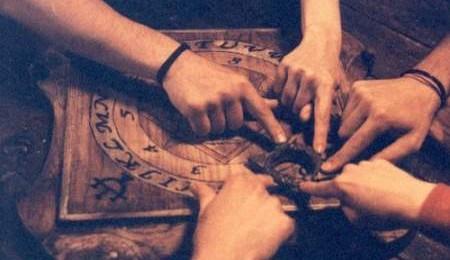 ¿El Peligro de la Tabla de Ouija?